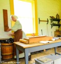 fort-malden-baking-bread