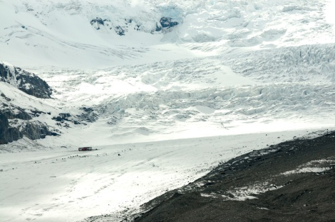 columbia-icefield-glacier-3