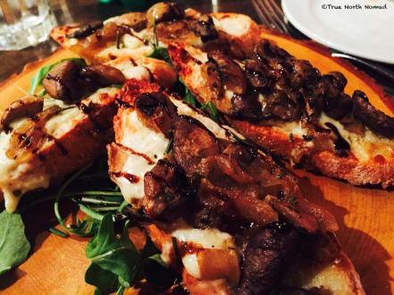 gusto-bread-mushroom